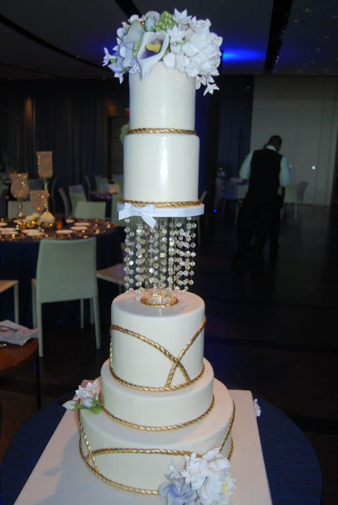DSC 0029 685x1024 - Wedding Cake