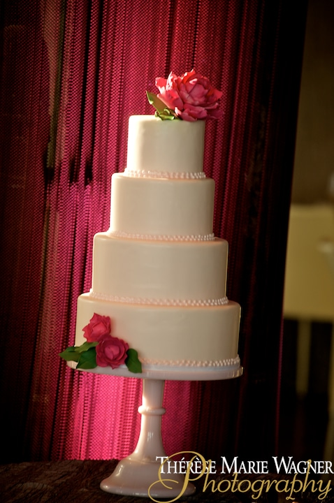 JCW2083 1 - Wedding Cake