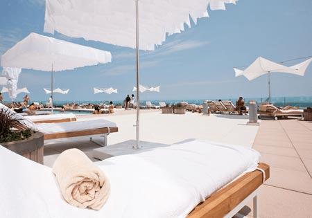 Outdoor Pool Cabana deck - Ocean Resort Casino