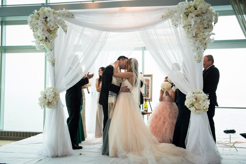 DufSwb 16016 0669 1024x681 - Kosher Weddings