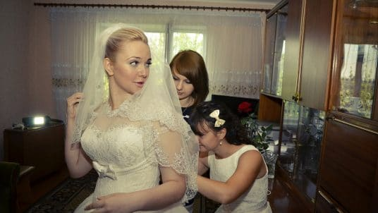 bridesmaids 442893 1920 1 536x302 - What to Expect From Your Bridesmaids: 5 Important Things